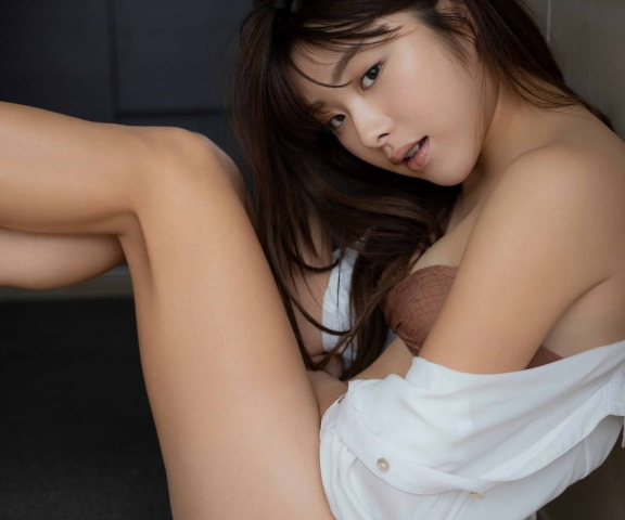 Sumire Noda, the overly beautiful golfer whos been allover the sports pages009