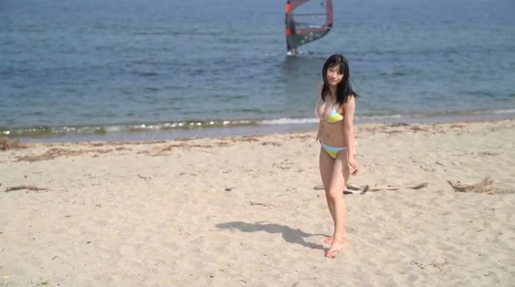 Rei Kaminishis gravure photo shoot at sea004