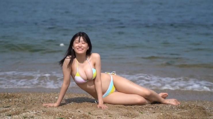 Rei Kaminishis gravure photo shoot at sea012