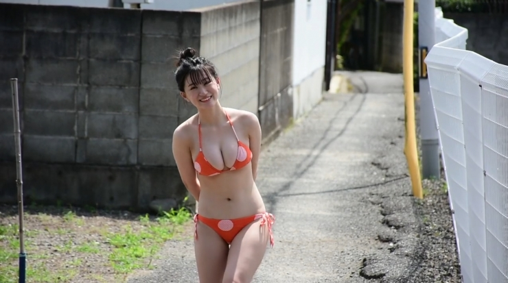 Temperature of Water Rei Kaminishi251