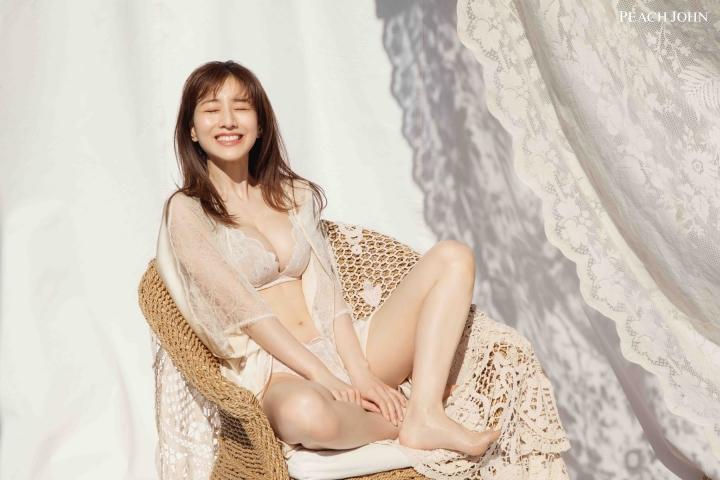 Minami Tanaka Miracle Bra004