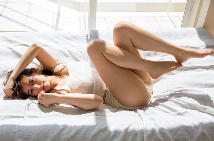 Naomi Traude Halfbeautiful002