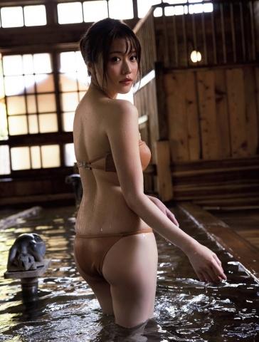 Yuka Kohinata the most powerful bikini angel022