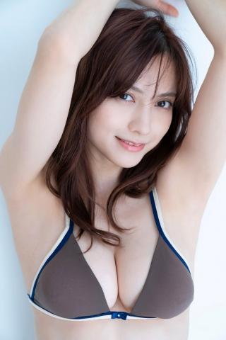 Nashiko Momotsuki Shita bikini Brown bikini Red lingerie008