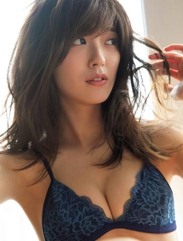 Sentai heroine Mio Kudo in a bikini006