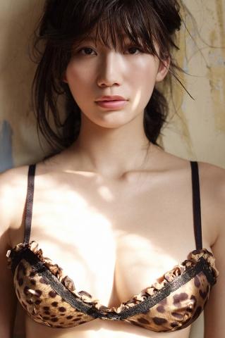 Yuka Ogura Swimsuit Gravure To Bangkok Vol3003