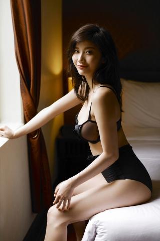 Yuka Ogura Swimsuit Gravure To Bangkok Vol3023