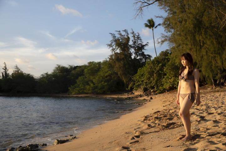 Sei Fukumura Sunset and Bikini021