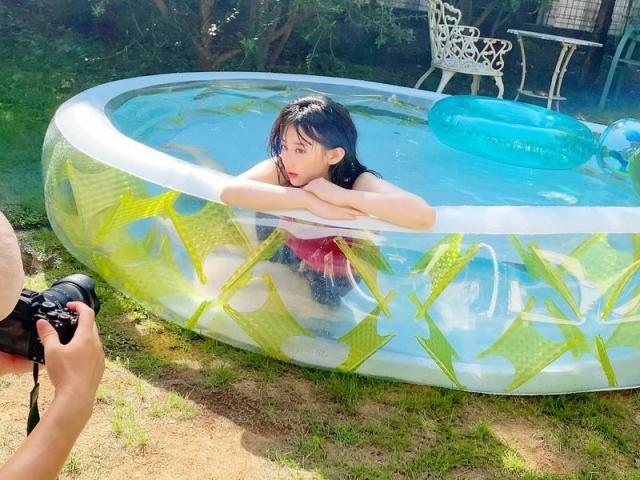 HKT48 Miku Tanakas casual broken face and bland expression011