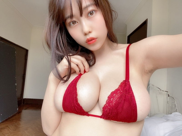 Iori Io the girl with the strongest body in the gravure world007