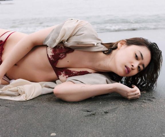 Misaki YanagiPlaying an outrageous role in the movie Gekigurui014