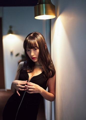 Kanami Takasaki: The Invincible Glamour First Photo Book004