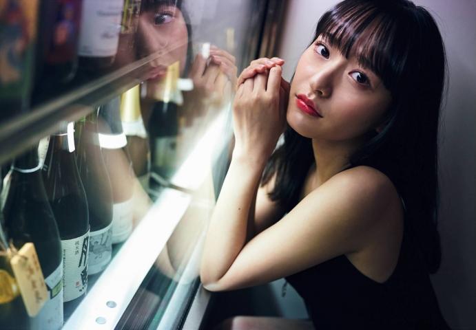 Kanami Takasaki: The Invincible Glamour First Photo Book018