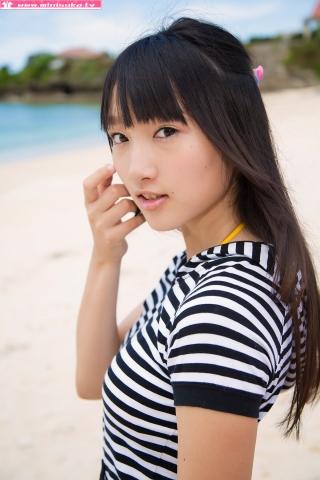 Nanna Tanaka Yellow Swimsuit Beach007