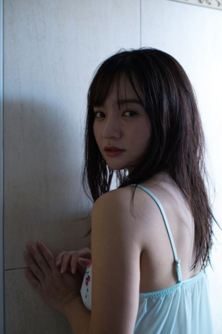 Ayana Nishinaga 25 years old with both boldness andcuteness finally shows off her whole body011