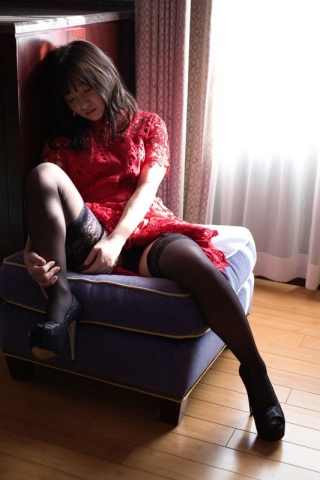 Ayana Nishinaga 25 years old with both boldness andcuteness finally shows off her whole body012