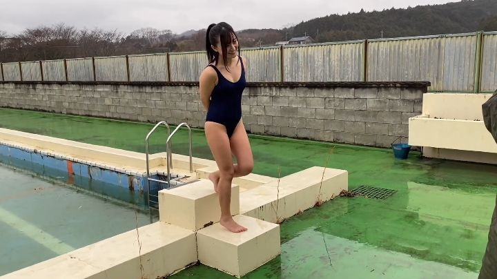 Ayana Nishinaga 25 years old with both boldness andcuteness finally shows off her whole body025