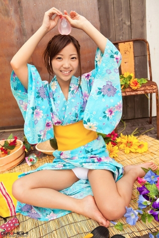 Fuka Nishihama Yukata undressing white swimsuit bikini010