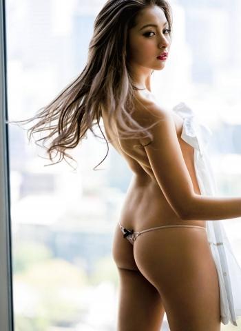 Yukipoi took off her underwear006