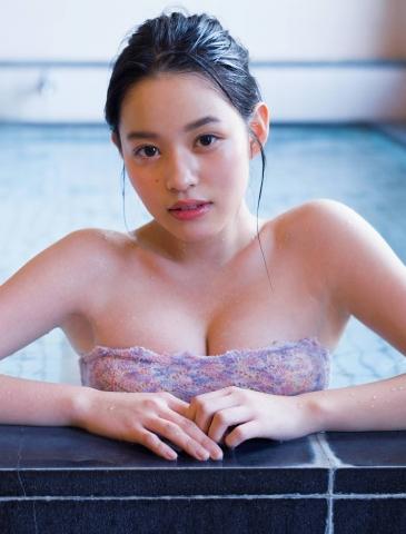 Reia Inoko 17 years old dazzling fresh bikini002
