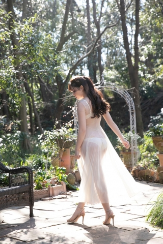 Aimi Michelle Fujitas Momo Undressed and Unborn005