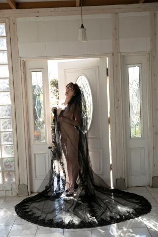 Aimi Michelle Fujitas Momo Undressed and Unborn007