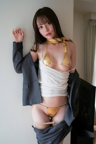 Minami Haruna unfulfilled desire please take a look at the naked body of the queen of limit eros008