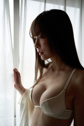 Minami Haruna unfulfilled desire please take a look at the naked body of the queen of limit eros020