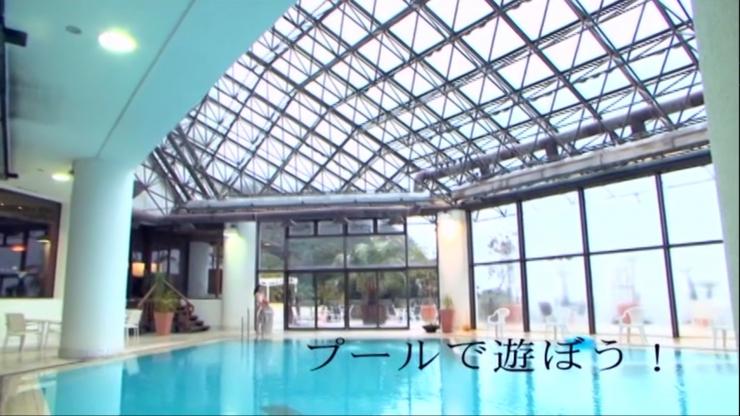 Kagami Kagami White Swimming Costume Image002