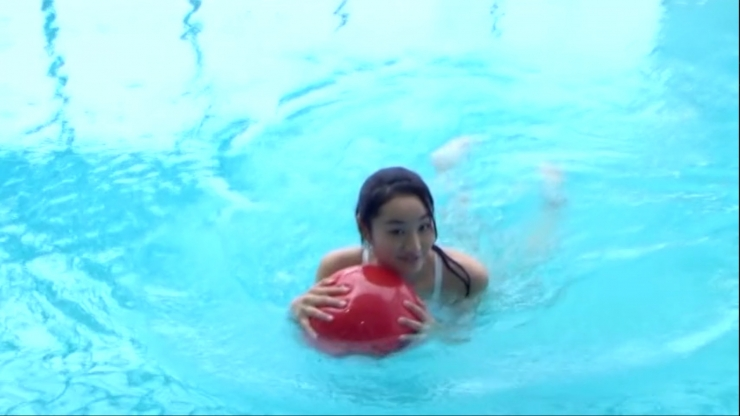 Kagami Kagami White Swimming Costume Image026