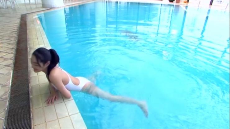 Kagami Kagami White Swimming Costume Image035