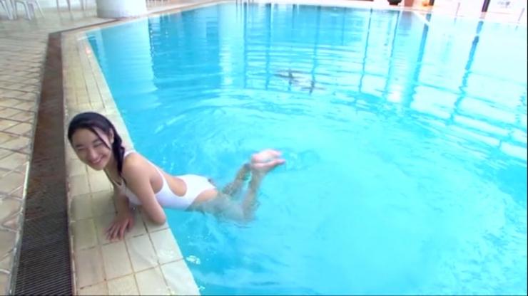 Kagami Kagami White Swimming Costume Image036