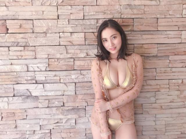 Saaya 27 years old distressed body005