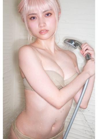 Nashiko Momotsuki a beautiful woman in agony011