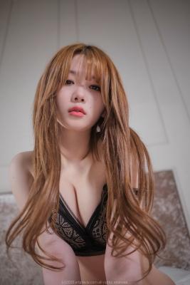Zia 지아 (74)