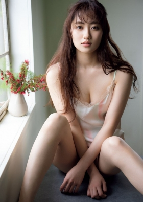 Kazusa Okuyama Swimsuit Queen of gravure who is also active as an actress010