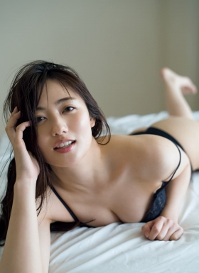 Kazusa Okuyama at her sexiest with her biggest exposure ever010