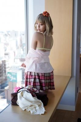 Kikuchi Hina a beautiful Miss Maga girl turns into a gal031