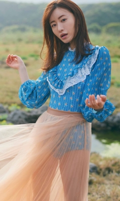 Marika Matsumoto Lingerie swimsuit gravure019