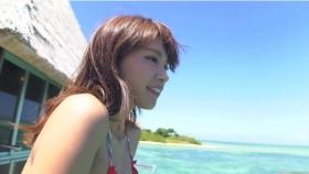 Ikuumi Hisamatsu frolicking on the beach008