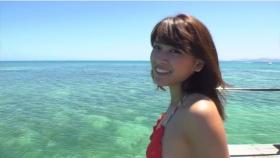 Ikuumi Hisamatsu frolicking on the beach012