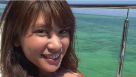 Ikuumi Hisamatsu frolicking on the beach039