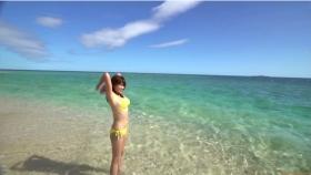 Ikuumi Hisamatsu frolicking on the beach054