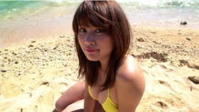 Ikuumi Hisamatsu frolicking on the beach048