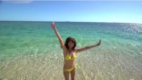 Ikuumi Hisamatsu frolicking on the beach051