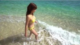 Ikuumi Hisamatsu frolicking on the beach053