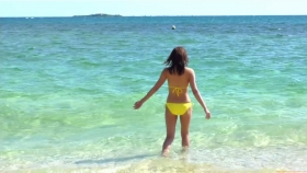 Ikuumi Hisamatsu frolicking on the beach077