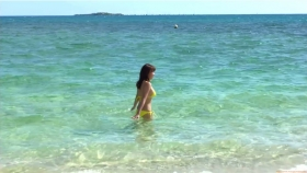 Ikuumi Hisamatsu frolicking on the beach080