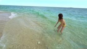 Ikuumi Hisamatsu frolicking on the beach101