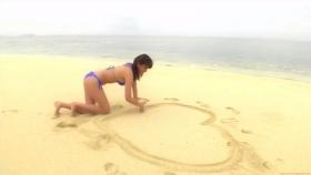 Ikuumi Hisamatsu frolicking on the beach166